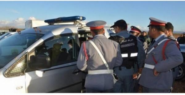 دورية تابعة للفرقة الترابية للدرك الملكي بمركز سيدي بوزيد، توقف 3 مواطنين خرقوا قانون حظر التجوال