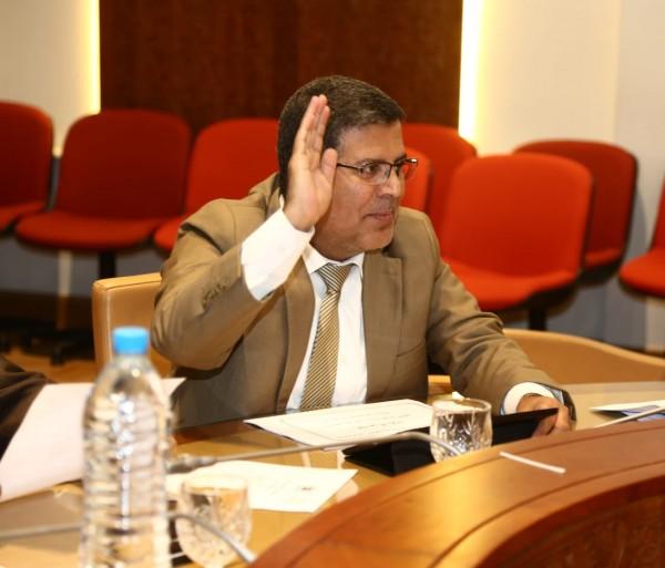 البرلماني عبد الحق الفائق يسائل وزير الإقتصاد والمالية حول عدم استفادة 3000 اسرة من الدعم المالي المؤقت باقليم الرحامنة