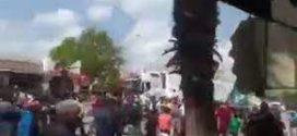 """انتحار بائع متجول يخرج المئات من المواطنين بـ""""بوفكران"""" للاحتجاج بعد العثور على رسالة مثيرة تركها قبل وفاته"""