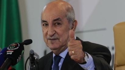 الرئيس الجزائري يبعث رسالة الى جلالة الملك محمد السادس بمناسبة نجاح العملية الجراحية