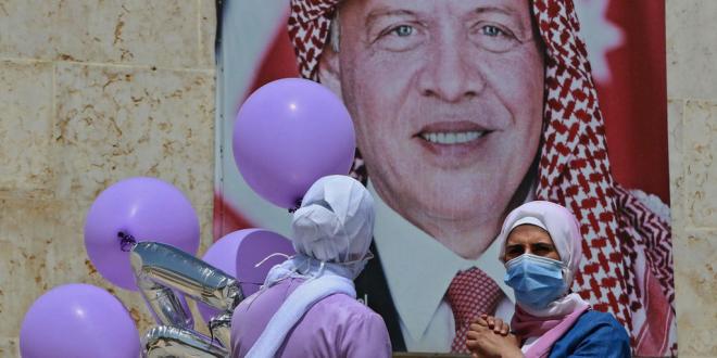 العاهل الأردني يهاتف شابة حكمت بالسجن لتطاولها اللفظي على شخصه