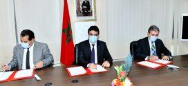 توقيع اتفاقية شراكة بين عمالة إقليم الرحامنة و شركة ألزا لمواكبة تطور أسطول النقل المدرسي و شبه المدر سي بالإقليم.