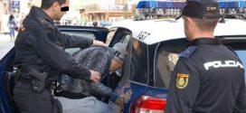 """سائق شاحنة من اصول مغربية عثر عليه مقتولا بأعيرة نارية خلف المقود في """"توريمولينوس"""" بإقليم """"كوستا ديل سول"""" جنوب البلاد."""