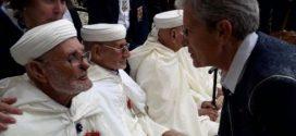 ذكرى 8 ماي 1945.. فرنسا تكرم مغربيا من قدامى المحاربين يبلغ من العمر 103 عاما