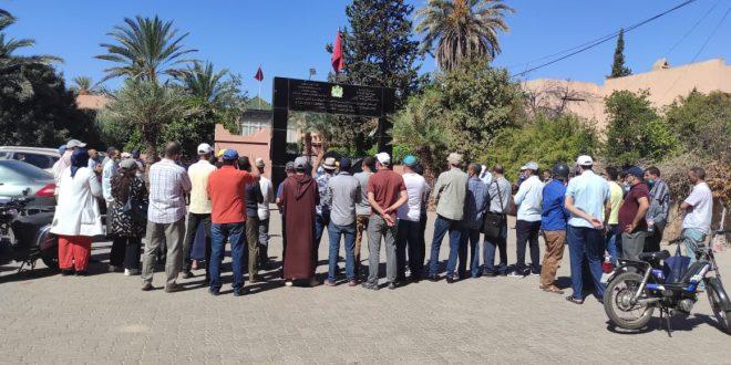مراكش: الأطر الإدارية المتدربة تقرر وقفة احتجاجية على طريقة توزيعها على مديريات الجهة خارج معايير الإنصاف.